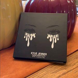 Purple Kylie Cosmetics Palette